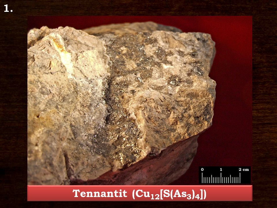 Tennantit (Cu12[S(As3)4])